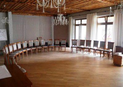 sala z krzesełkami 2